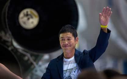 Miliardario giapponese cerca donna da portare sulla Luna