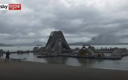 Filippine, eruzione Taal ricopre di cenere città di Tagaytay. VIDEO