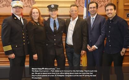 Sam Springsteen, figlio di Bruce, è diventato pompiere in New Jersey