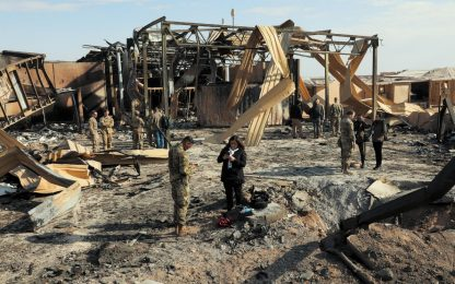Missili Iran contro basi Usa, le immagini dei danni. FOTO