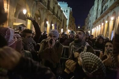 Libano, proseguono le proteste contro il governo a Beirut