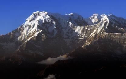 Nepal, valanga sul monte Annapurna: 7 dispersi sull'Himalaya