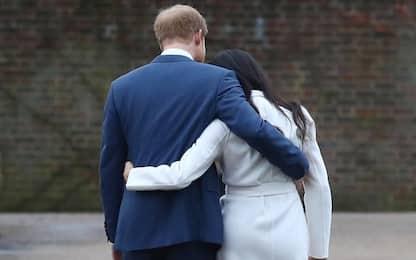 Harry e Meghan, accordo uscita: rinuncia a titolo di altezza reale
