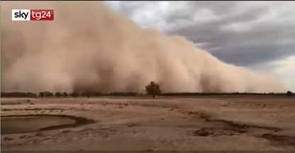 Australia, tempesta di polvere colpisce il Nuovo Galles del Sud. VIDEO