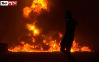 Nigeria, esplosione in un oleodotto: tre morti. VIDEO