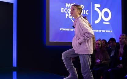 """Greta Thunberg a Davos: """"Tutti parlano di clima, ma nulla è cambiato"""""""