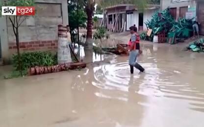 Allagamenti in Perù, piove senza tregua da giorni. VIDEO