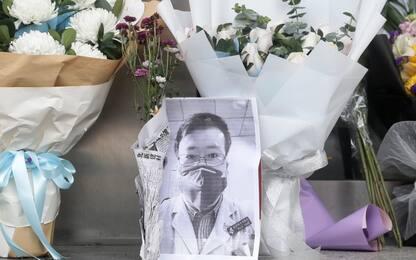 Coronavirus, morto medico che lanciò allarme. Rabbia sui social cinesi