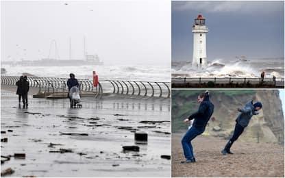 Gran Bretagna, la tempesta Ciara provoca il caos. FOTO