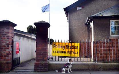 Elezioni Irlanda, secondo exit poll è sfida a tre, avanza Sinn Fein