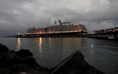 Coronavirus, nave sbarcata in Cambogia senza test: caccia a passeggeri