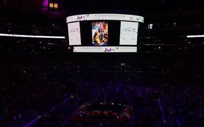 Kobe Bryant, la commemorazione allo Staples center. FOTO