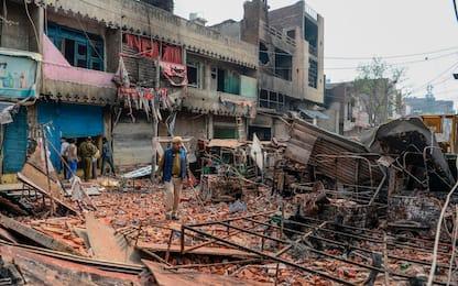 India, scontri per legge sulla cittadinanza: 20 morti. FOTO