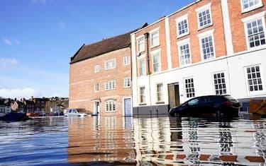 foto-hero-regno-unito-alluvioni-getty