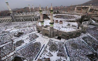 Coronavirus, l'Arabia Saudita vieta l'ingresso ai pellegrini