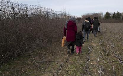 Turchia, rifugiati siriani avanzano verso l'Unione europea