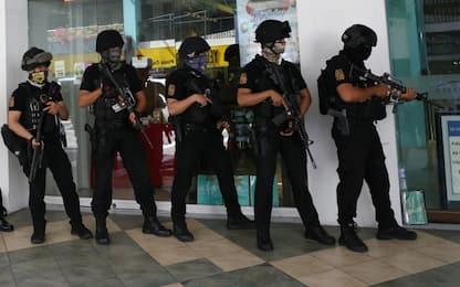 Filippine, ostaggi in centro commerciale rilasciati dopo 10 ore