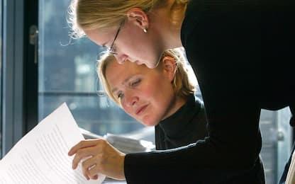 Menopausa, guida ai sintomi iniziali e consigli su come affrontarli