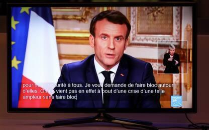 """Coronavirus Francia, Macron: """"Da lunedì chiuse scuole e università"""""""