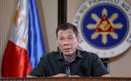 Coronavirus Filippine, Duterte: sparare a chi vìola la quarantena