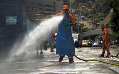 Coronavirus, sanificata la favela Rocinha a Rio de Janeiro. VIDEO