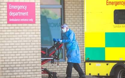 Coronavirus Uk, altri 823 morti in 24 ore