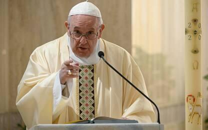 Papa Francesco, per il suo onomastico dona respiratori a 3 ospedali