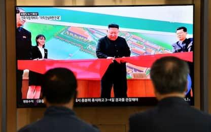 Corea del Nord, Kim Jong-un riappare in pubblico dopo tre settimane