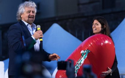"""Grillo sul blog: """"Ecco i 43 successi di Virginia Raggi a Roma"""""""
