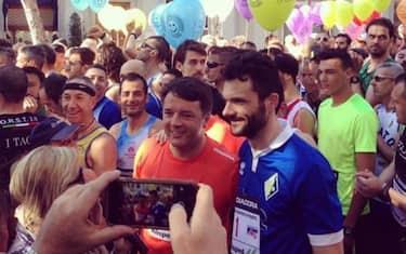 renzi_mezza_maratona_prato_ansa