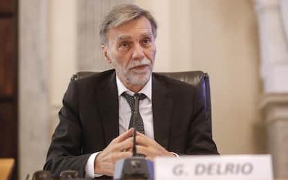 """Migranti, Delrio: """"Se bisogna salvare vite serve la nave più vicina"""""""