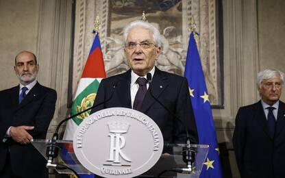 Governo, Mattarella: No ministro contro euro. E convoca Cottarelli