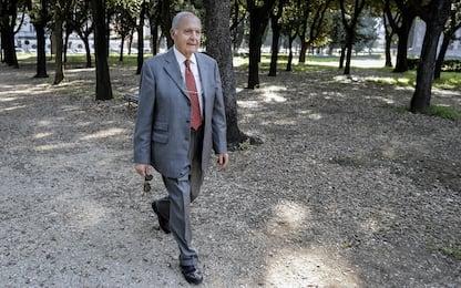 Usura bancaria, archiviata un'inchiesta sul ministro Savona e altri 61