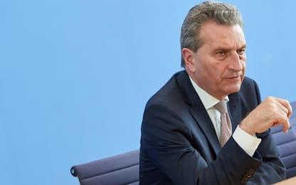Günther Oettinger, la carriera del commissario Ue segnata dalle gaffe