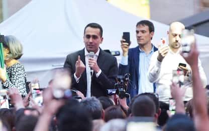Governo, Di Maio: Savona nel governo, ma non all'Economia
