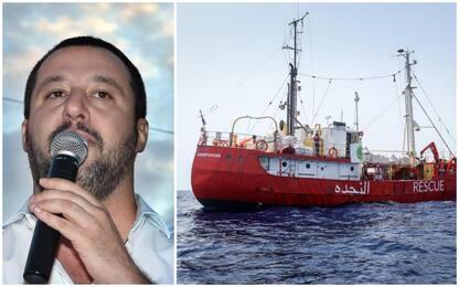 """Migranti, Salvini dice no a navi Ong in Italia. La replica: """"Fascista"""""""