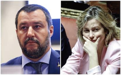 Salvini: 10 vaccini inutili. Grillo: fondamentali, no polemiche