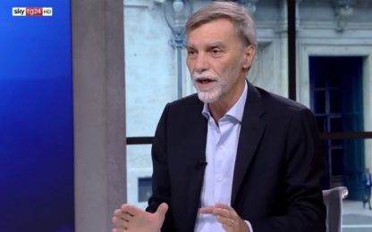 Migranti, Delrio a Sky TG24: governo fa confusione, bloccare partenze