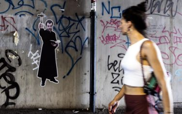 01-murales-salvini-roma-ansa