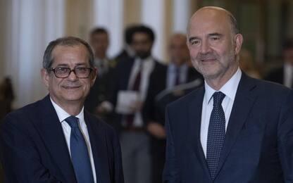 Moscovici, quattro chiacchiere con il commissario postino