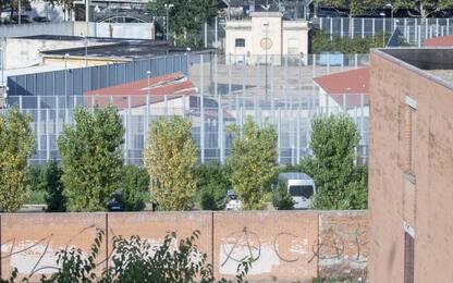 Migranti, protesta al Cpr di Torino: un fermo