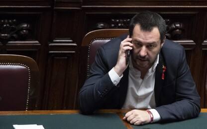 """Collegno, scritte anti Salvini su sede della Lega: """"Legatevi il collo"""""""