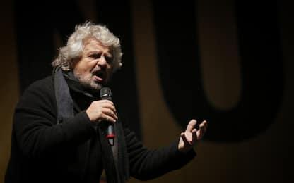"""Beppe Grillo alla sindaca della Capitale: """"Virgì, Roma nun te merita"""""""