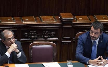 """Governo, Salvini: """"Se no da Tria a taglio tasse, problema io o lui"""""""