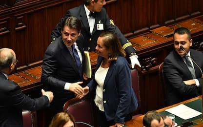 """Camera, Conte su taglio parlamentari. Lega e Fdi: """"Bibbiano, Bibbiano"""""""