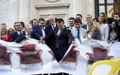Taglio parlamentari, flash mob M5S. Di Maio: vittoria cittadini. VIDEO