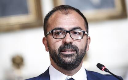 Fioramonti consegna lettera di dimissioni a Conte