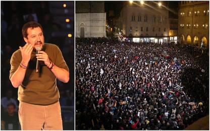 """Salvini a Bologna, in piazza Maggiore le """"sardine"""""""