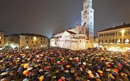 "Modena, bis delle ""sardine"": in 7mila in piazza in risposta a Salvini"