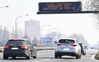 Smog, revocato il blocco dei veicoli Euro 4 a Pavia, Bergamo e Monza